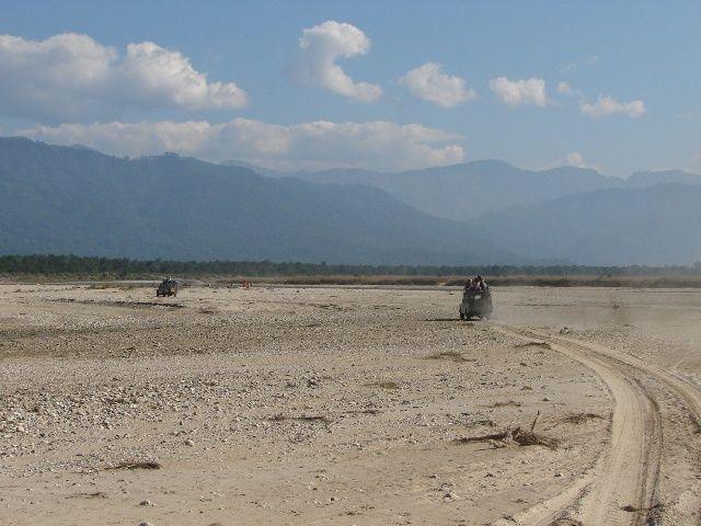Zdj�cia: Chitwan Park, Dolina Kathmandu, Koryto rzeki, NEPAL