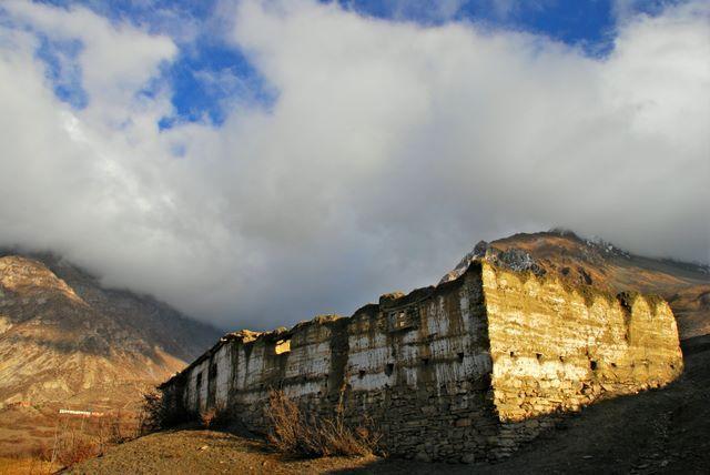 Zdjęcia: NEPAL, Annapurna TREK, Samotny.., NEPAL