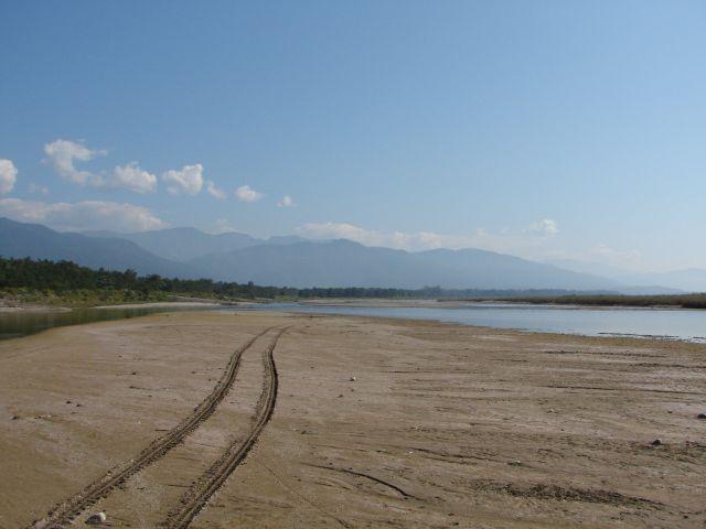 Zdjęcia: Chitwan Park, Dolina Kathmandu, Koryto rzeki, NEPAL