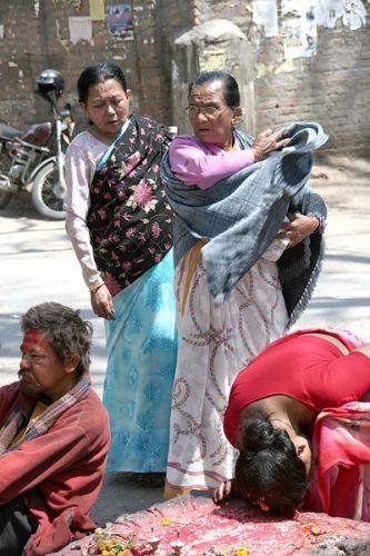 Zdjęcia: BHAKTAPUR świątynia PASHUPATINATH, F7, NEPAL