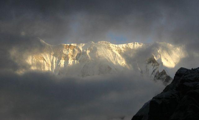 Zdjęcia: Annapurna Base Camp 4130 mnpm, Annapurna Sanctuary, Annapurna I (poranek 2), NEPAL