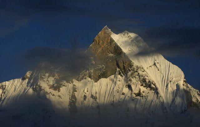 Zdjęcia: Annapurna Base Camp 4130 mnpm, Annapurna Sanctuary, Machhapuchhre o poranku 2, NEPAL