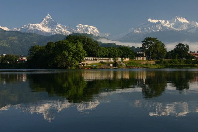 Zdjęcia: Jezioro Phewa Tal, Pokhara, Machapuchre w masywie Annapurny, NEPAL