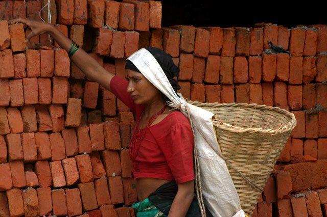 Zdjęcia: Kathmandu, Kathmandu, pracująca_kobieta, NEPAL
