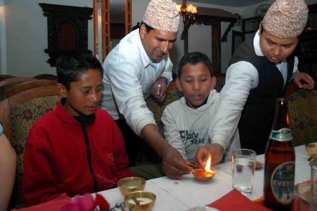 Zdjęcia: kathmandu, nasi 12-letni przewodnicy, NEPAL
