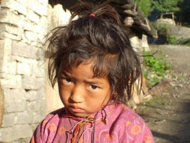 Zdjęcia: wioska nepalska, Annapurna, dziewczynka, NEPAL