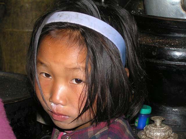 Zdj�cia: Kambachen, Nepal, Dziewczynka  Nepal, NEPAL