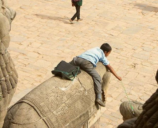 Zdjęcia: Baktaphur, Dolina Kathmandu, Niema jak wagary na słoniu, NEPAL