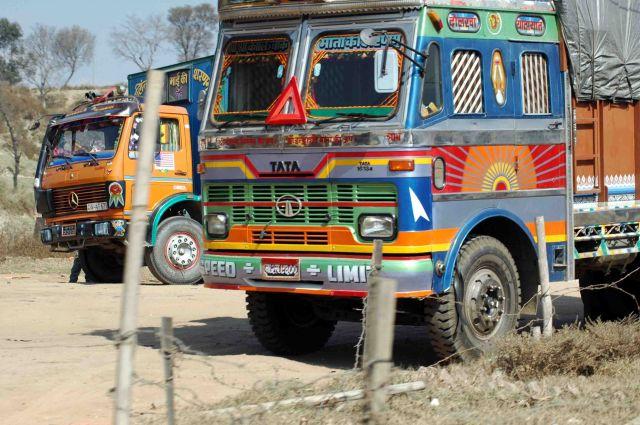 Zdjęcia: kathmandu, nie ma to jak porządny lakier, NEPAL