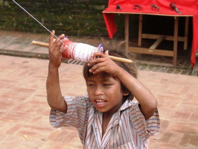 Zdjęcia: gdzieś na szlaku, latawce..duchawce.., NEPAL