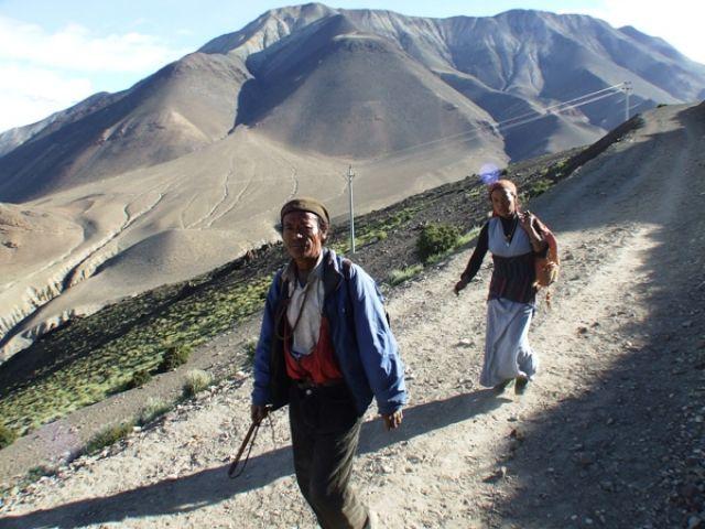 Zdjęcia: gdzies na szlaku.., podążać za.., NEPAL