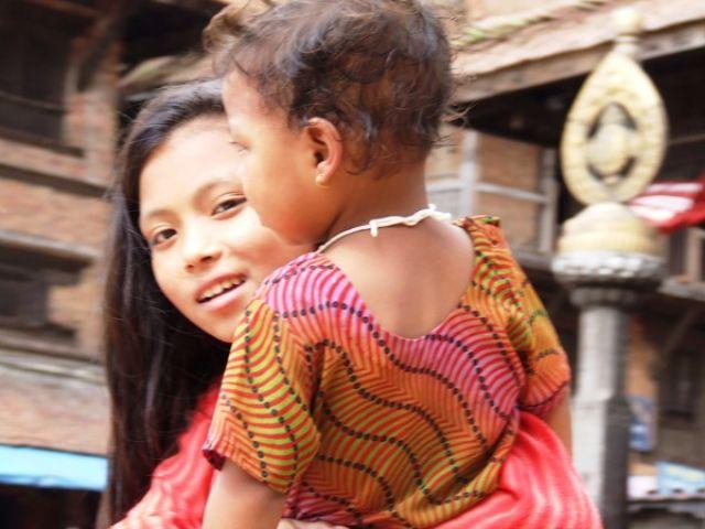 Zdjęcia: gdzies na szlaku.., młoda mama, NEPAL