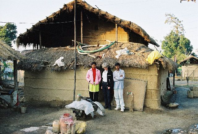 Zdjęcia: Sauraha, Terai, domy ludu Tharu, NEPAL
