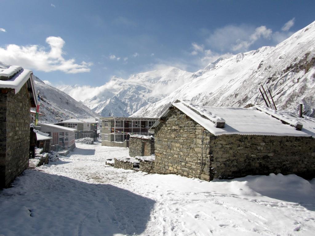 Zdjęcia: Yak Kharka, Annapurna, Śnieżne przebudzenie, NEPAL