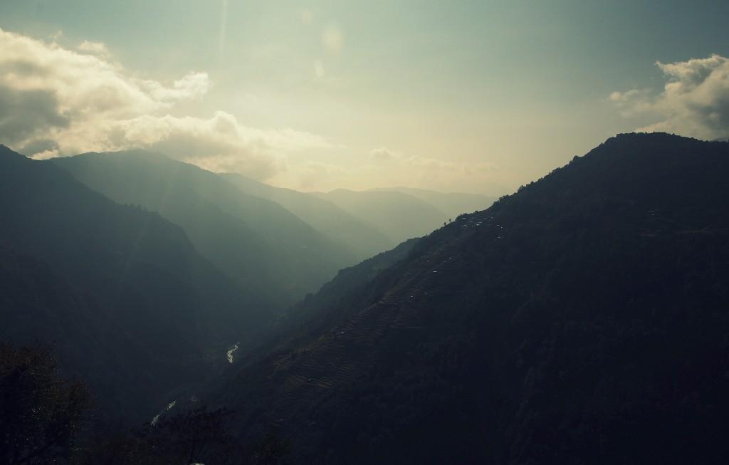 Zdjęcia: okolice Chomrong, Himalaje, a co tam w dolinie...?, NEPAL