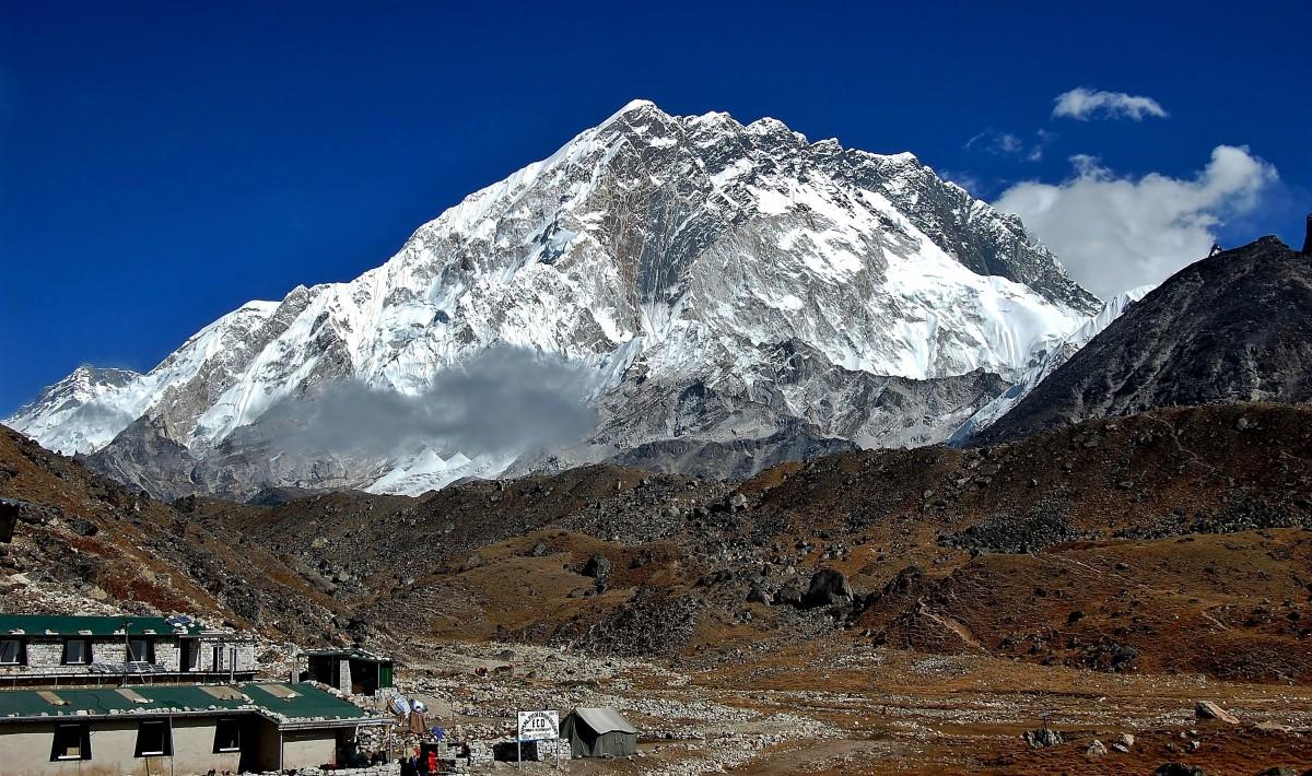 Zdjęcia: osada Lobuche (Lobuje) 4940 m, Sagarmatha Himal (Mt. Everest), Nuptse, NEPAL