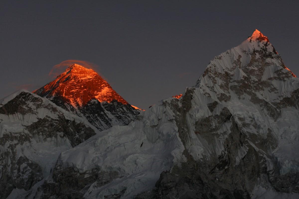 Zdjęcia: Kalla Pattar, Sagarmatha, zapalanie szczytów , NEPAL
