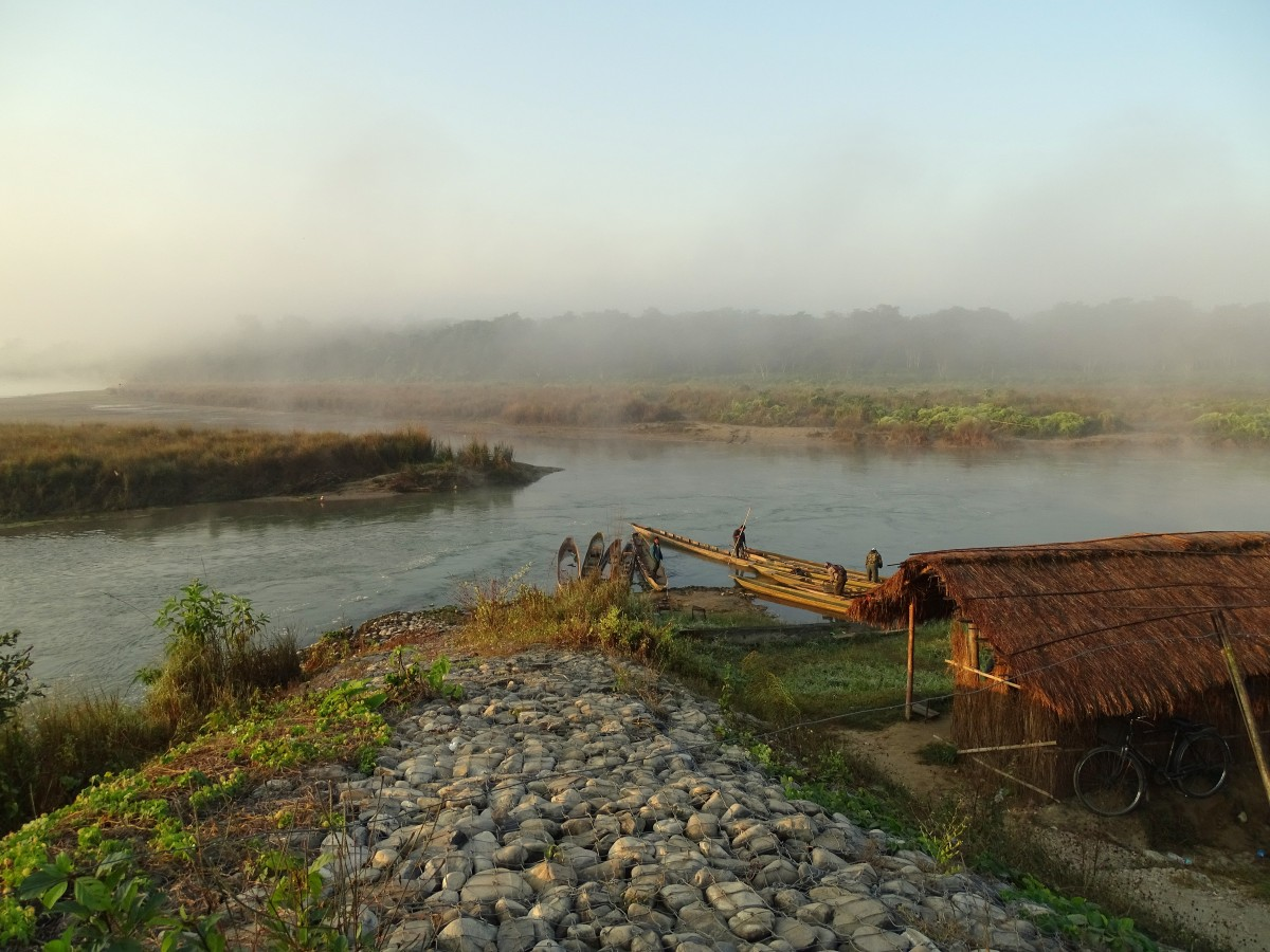 Zdjęcia: nad rzeką Rapti, Royal Chitwan National Park, O poranku, NEPAL