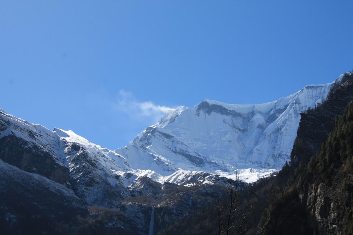 Zdjęcia: ze szlaku przed Dhikurpokhari, Nepal Srodkowy Annapurna, Trekking  Annapurna Circuit, NEPAL