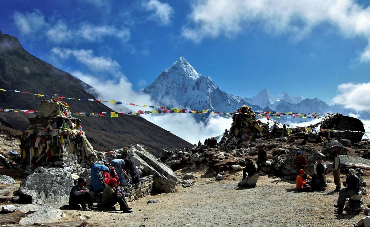 Zdjęcia: Przełęcz Thokla Dughla (4830 m), Himalaje, Sagarmatha Himal, Pomiędzy duchami, NEPAL