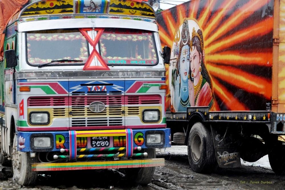 Zdjęcia: Kathmandu, Kathmandu, Sztuka na pojazdach, NEPAL