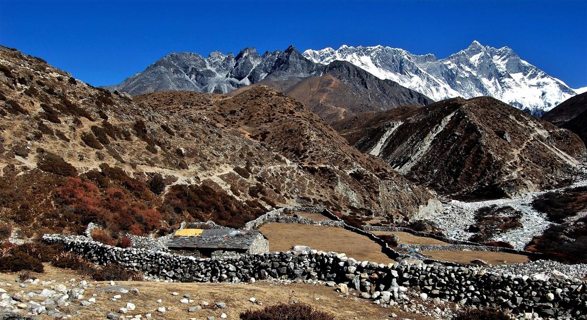 Zdjęcia: Dolina Imja Khola, Himalaje, rejon Ama Dablam, Szopa z widokiem premium (-:, NEPAL