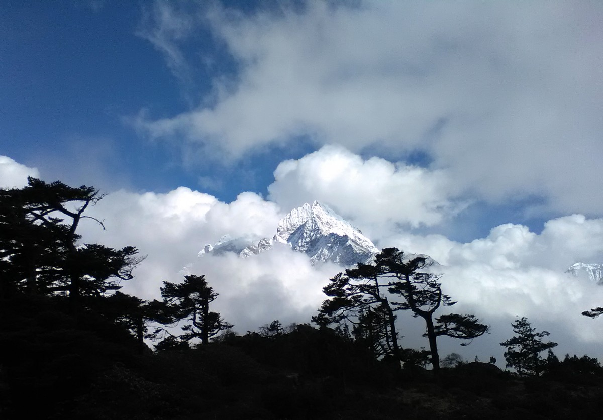 Zdjęcia: region Everestu, Himalaje, Szczyty ponad chmurami, NEPAL