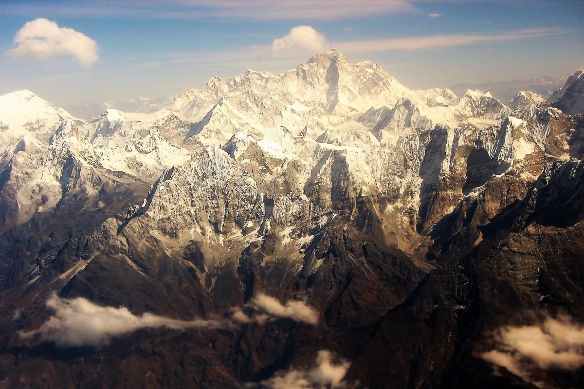 Zdjęcia: Widok z okna samolotu Buddha Air, Himalaje, Czy jest tu Mount Everest?, NEPAL