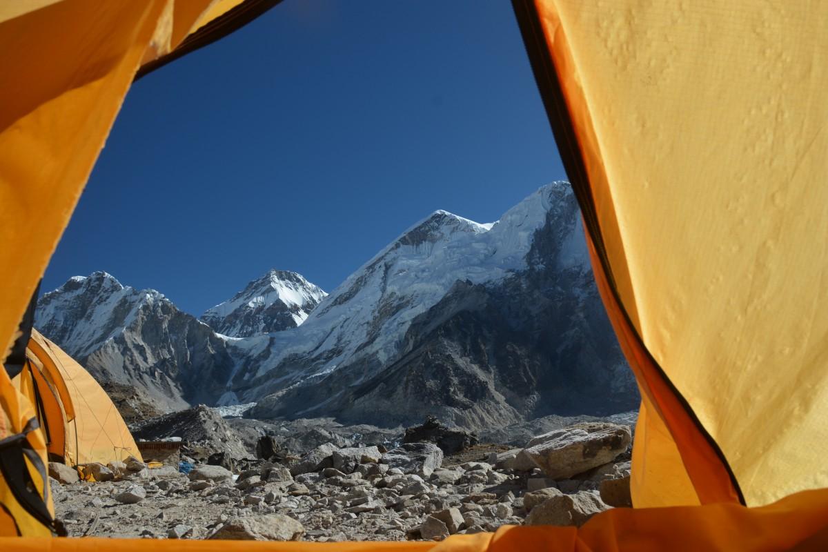 """Zdjęcia: Himalaje, """"pokój"""" z widokiem, NEPAL"""