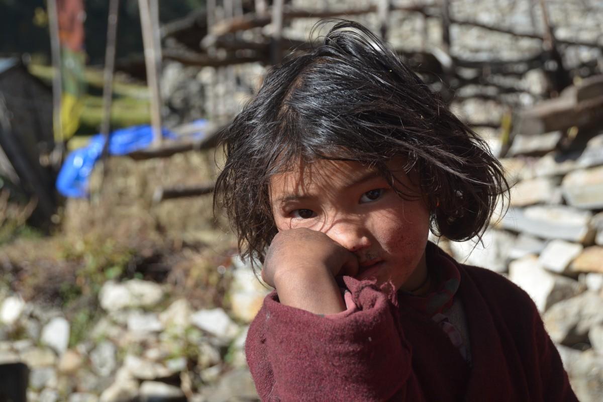 Zdjęcia: Himalaje, anaslu, dziewczynka, NEPAL