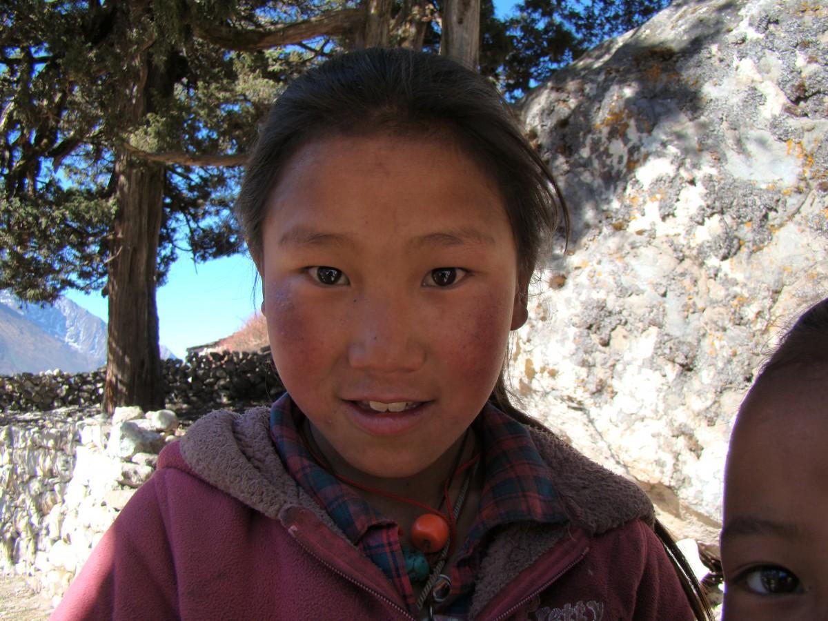 Zdjęcia: Pangboche, Himalaje, Dziewczynka z Pangboche, NEPAL
