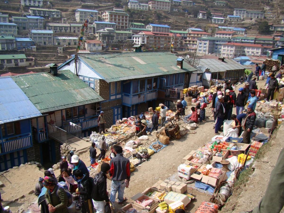 Zdjęcia: Namche Bazar, Himalaje, Bazar w Namche Bazar, NEPAL