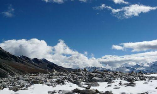 Zdjecie NEPAL / rejon Manaslu / przełęcz Larkya La / spotkanie nieba z ziemią