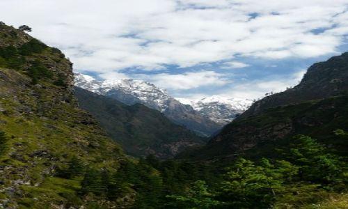 Zdjecie NEPAL / rejon Manaslu / dolina rzeki Buhdi Gandaki / bajeczna dolina