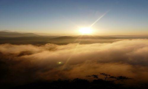 Zdjecie NEPAL / Pokhara / Sarankot / wschód słońca nad Pokharą
