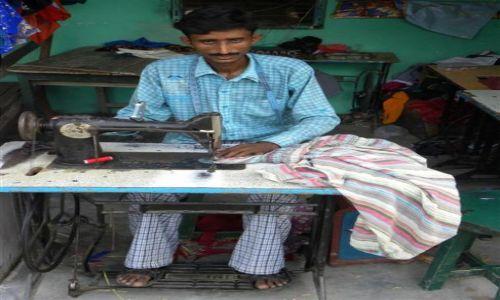 Zdjecie NEPAL / Lumbini / Miejsce pracy / Krawiec