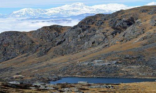 Zdjecie NEPAL / Langtang / Gsainkunda / Laurebina Pass 4600m / Gosainkunda