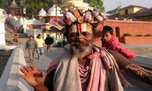 Zdjęcie NEPAL / Dolina Kathmandu / Kathmandu / Cały świat na głowie
