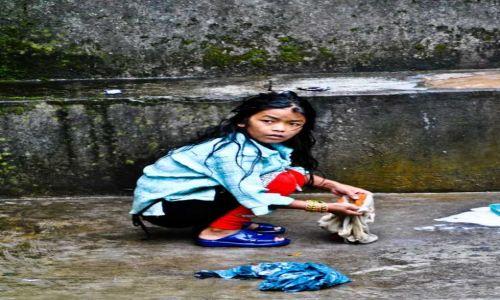 Zdjecie NEPAL / - / Himalaje / konkurs - Twarz dziecka