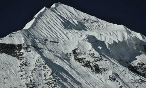 Zdjęcie NEPAL / Kaski / Annapurna Base Camp / Hiunchulli 6441m