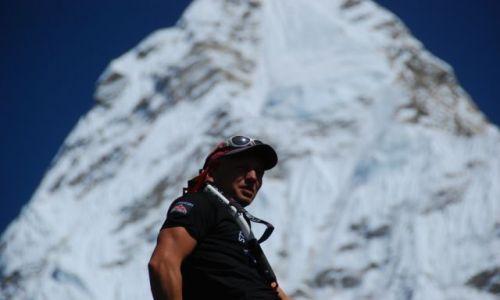 Zdjecie NEPAL / Himalaje  / Baza pod Ama Dablam  / Kamilo