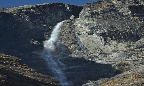 Zdjecie NEPAL / Langtang Nationale Park / Langtang / Wodospad