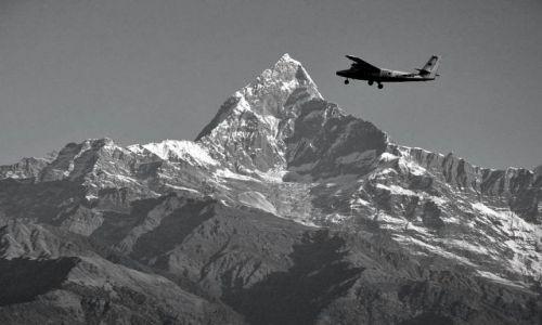 Zdjecie NEPAL / - / Pokhara / Dotknąć szczytu