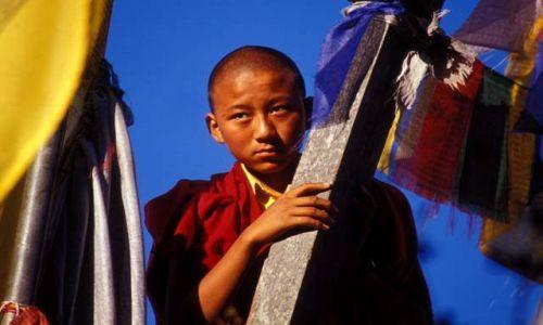 Zdjecie NEPAL / - / Namo Budda / Młody mnich