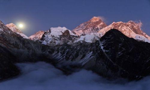 Zdjęcie NEPAL / - / Gokyo Ri / Everest