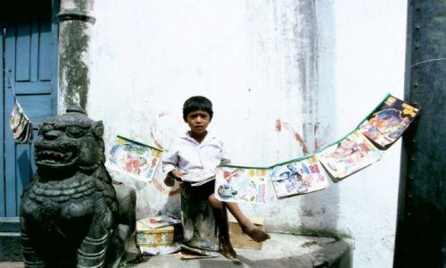 Zdjecie NEPAL / Kathmandu / Kathmandu / Elementarz do sprzedania