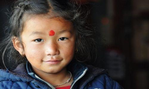 Zdjęcie NEPAL / Annapurna / Sikha / dziewczynka