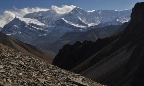 Zdjęcie NEPAL / Annapurna Round Trek / na szlaku przed Thorung Phedi / Gangapurna i Annapurna III