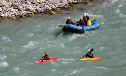 Zdjęcie NEPAL / Centralny Nepal / okolice Mugling / Narayani rafting
