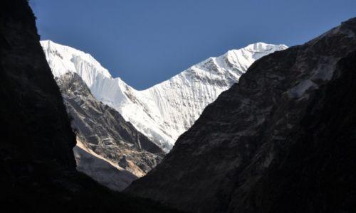 Zdjecie NEPAL / -Annapurna range / A.B.C. / Gangapurna 7454 m.n.p.m.